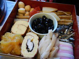 紀文の希少糖入り・砂糖オフお節で祝い肴の体裁を整える