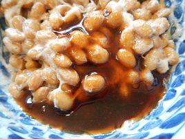 一粒食べたら思わず笑う。レルヒさんのカレー納豆は最高?