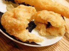 キリリな日本酒とサクッと天ぷら。大人気の立ち飲み喜久や