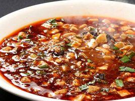 恵比寿最強の麻婆豆腐伝説がチャックフラップで始まった?