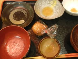 定番の沖縄お惣菜&お菓子を楽しむ目黒・ゆがふの昼定食