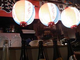 沖縄流行りの広尾の古参、花唄でスパムエッグランチを食う