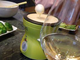 ドンキにて600円でチーズフォンデュ用の保温鍋をゲット!