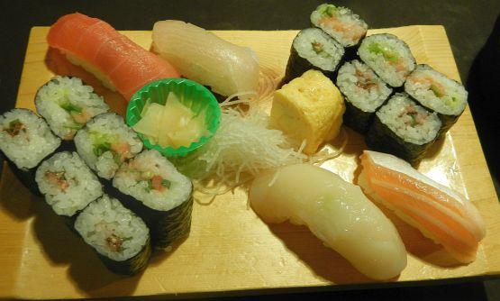 広尾でニセンベロ狙うなら寿司居酒屋のぼるが大本命だよ